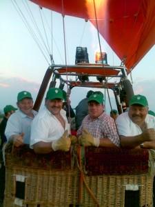 Mitarbeiterausflug im grössten Heissluftballon der Schweiz (21 Plätze)
