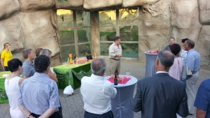 Business-Stamm im Zoo, Club Mille Piu