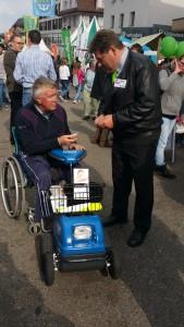 Paul mit dem Päuli-Mobil in Uzwil